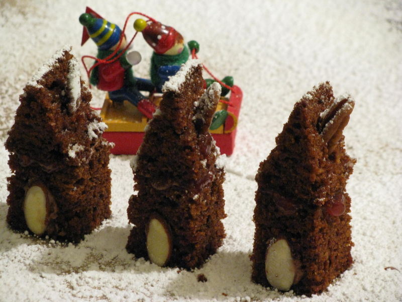Itsy bitsy gingerbread houses
