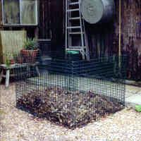 Compost bin wire cage