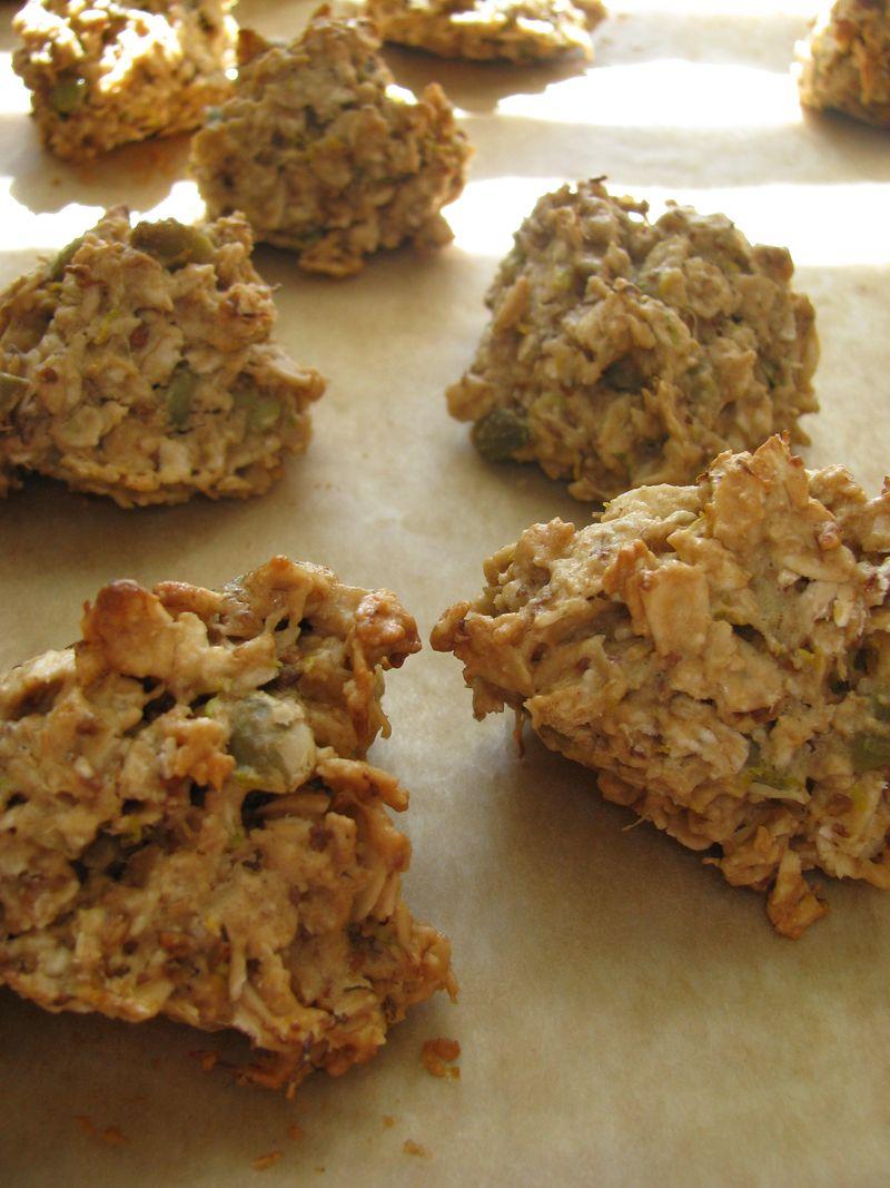 Alfalfa tahini cookies