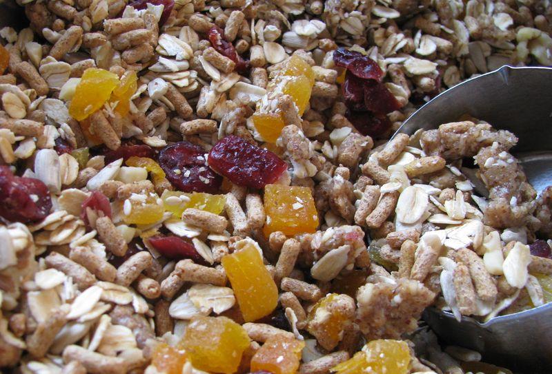 Almond butter dried fruit bran crunch1