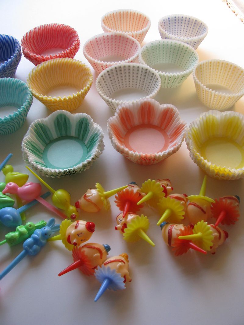 Cupcake papers and picks