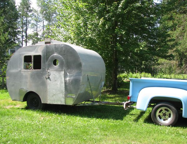 Whiteley creek homestead aluminum travel trailer