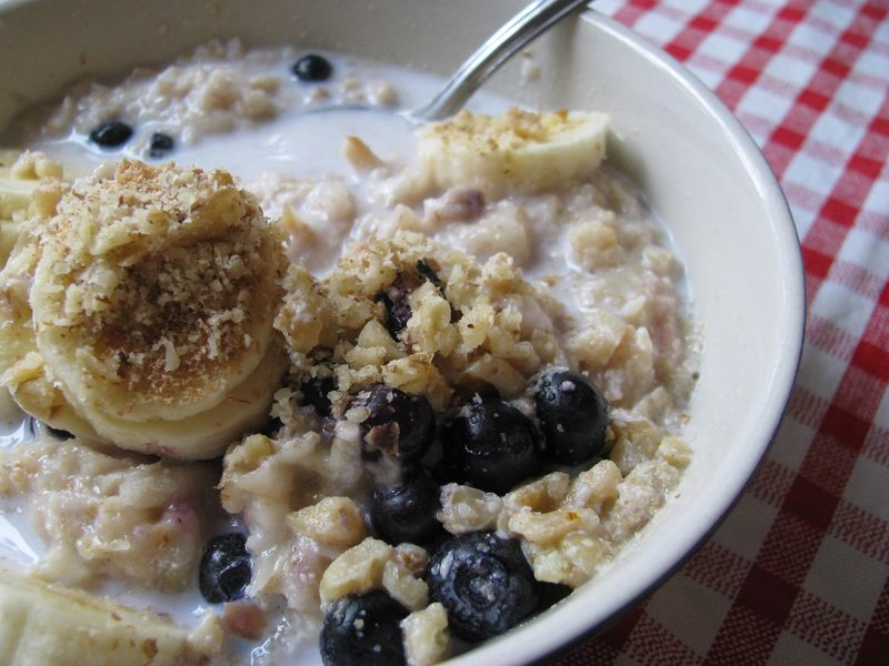 Apple blueberry nut oatmeal