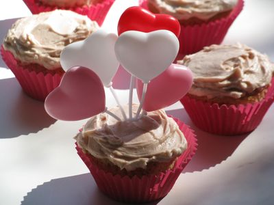 Almond cupcakes frosted