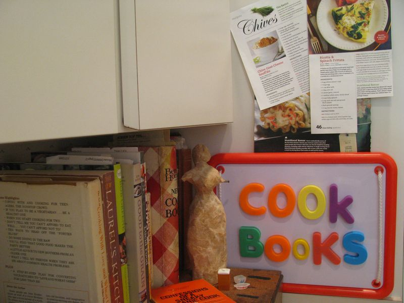 Cookbooks magnetic board