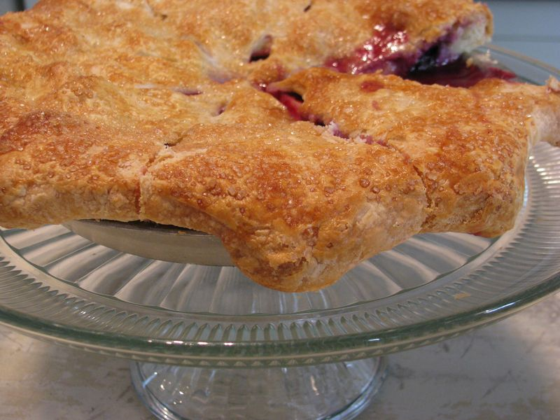 Apple blueberry pie
