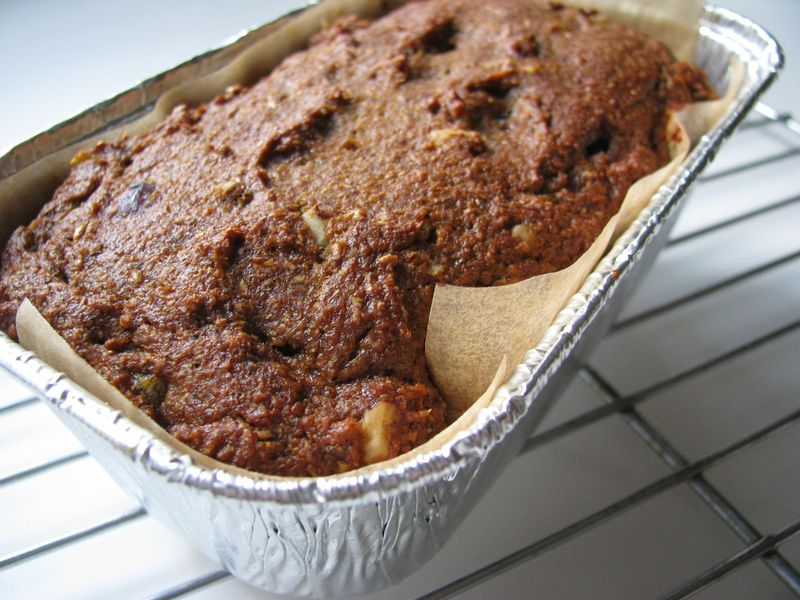 Baked fruit cake