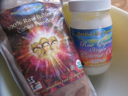 Earth circle raw cacao + coconut oil
