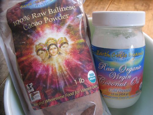 Earth circle cocoa powder coconut oil