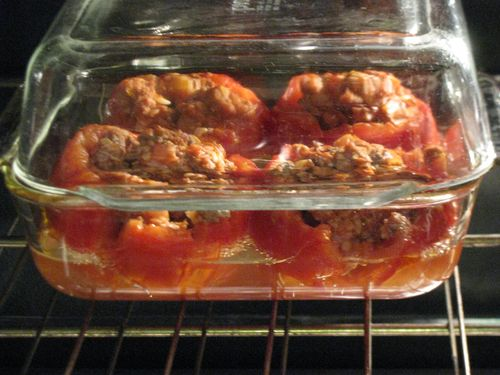 Stuffed tomatoes with rice and meat