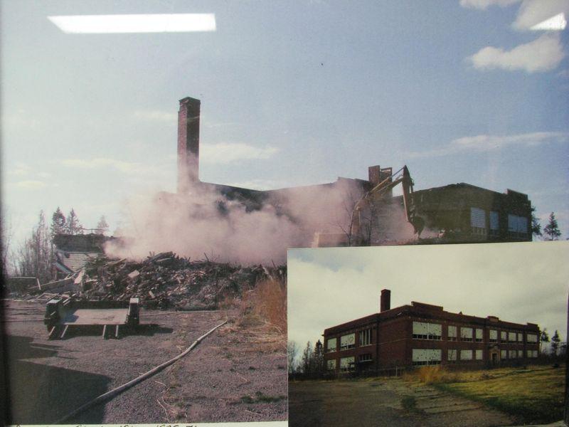 Riverton school demolition