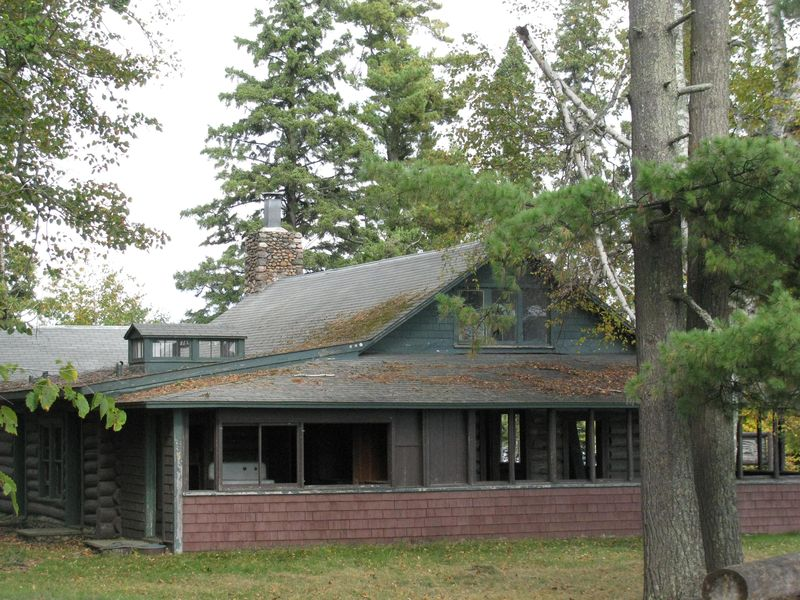 Joyce estate main lodge exterior
