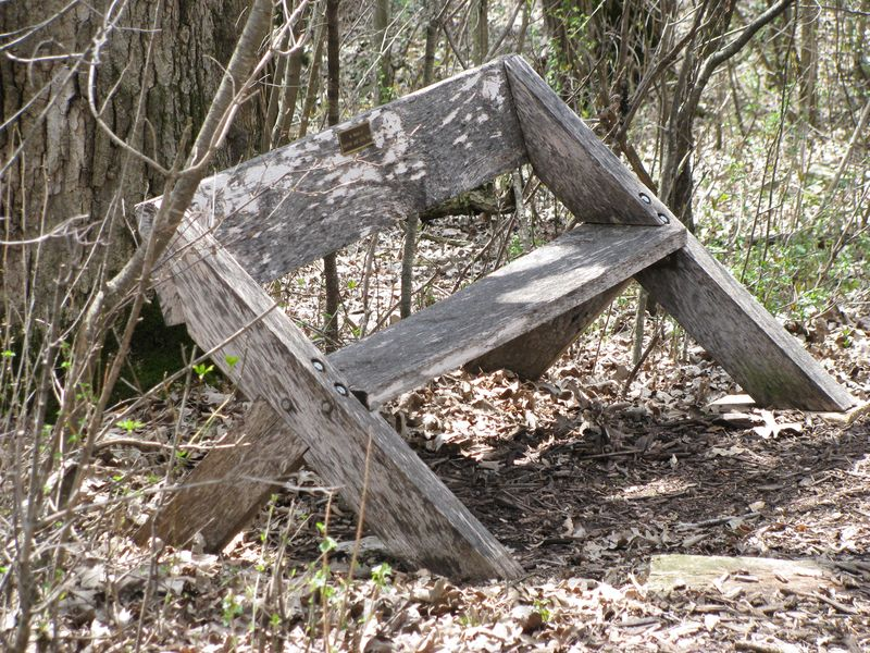 SSE heritage farm bench