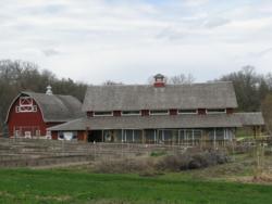 SSE barn + visitors center