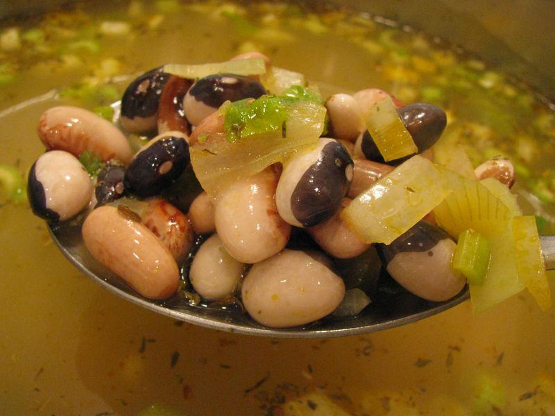 Garden soup beans