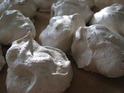 Star provisions' meringue cookies