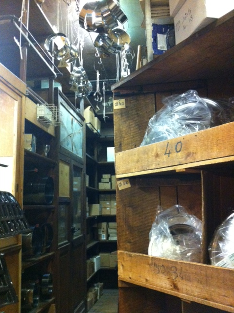 Paris bakeware shop