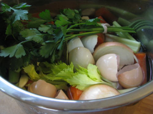 Chicken broth meat + veggies