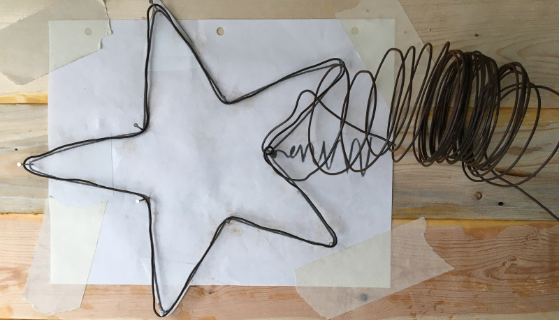 Wire tree top star pattern with wire