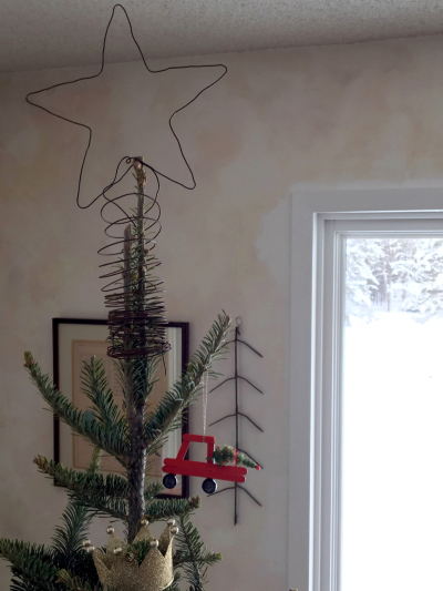 Wire tree top star